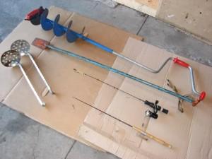 basic-ice-fishing-gear