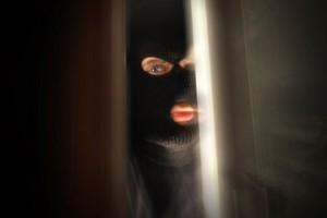 masked-home-intruder
